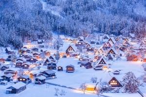 幻想的な世界に浸れる日本の宿泊施設7選 - Booking.com