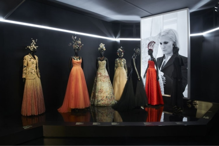 adf-web-magazine-christian-dior-designer-of-dreams-exhibition-3