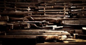 """日本の古民家から得られる上質な木材「古木/KOBOKU」を""""素材""""として世界へ発信。"""
