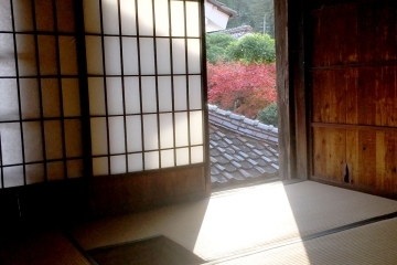adf-web-magazine-old-japanese-style-house