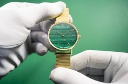 adf-web-magazine-1. main photo 14-myku-malachite-watch