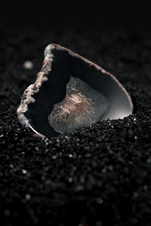 adf-web-magazine-5. stones - blackonyx