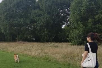 adf-enjoying-regents-park-in-london-uk