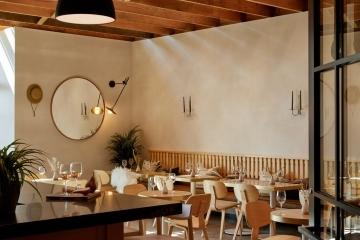 adf-web-magazine-dezeen-awards-2020-interior-mercantile-wine-bar
