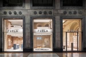 フルラ ミラノのフラッグシップストアがリニューアルオープン - 建築家デイヴィッド・チッパーフィールドのデザインで刷新