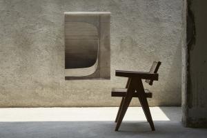 「チャンディーガル コレクション展 -ピエール・ジャンヌレの家具再生産プロジェクト」尾道のLOGで開催