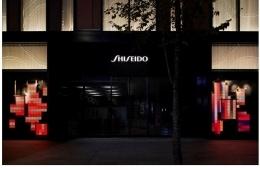 adf-web-magazine-shiseido-the-store-window-gallary-1