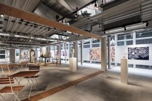 寺田倉庫がアートカフェ「WHAT CAFE」を天王洲にオープン
