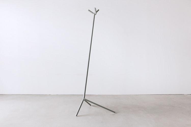 adf-web-magazine-uno-hanger-bent-stool-2