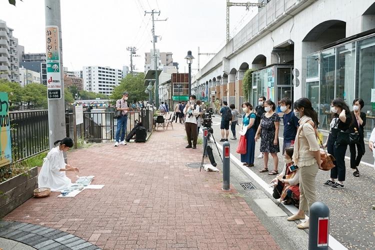 adf-web-magazine-yokohama-koganecho-bazar-1