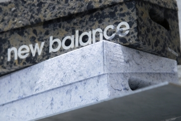 new-balance-presents-art-installaiton-yoshihisa-tanaka-15