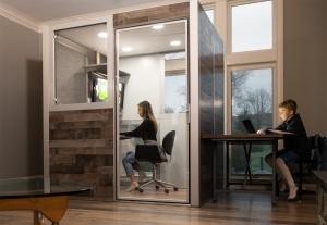 簡単設置、カスタマイズ可能なオフィスポッドで、快適な働き心地を実現