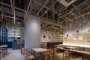 イッタラ表参道 ストア&カフェがオープン - 建築家 隈研吾が内装デザインを手がけた新店舗