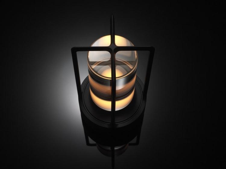 adf-web-agazine-ambientc-nomadic-lamp-8.jpg