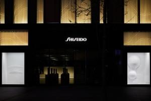 SHISEIDO THE STORE WINDOW GALLERY - 建築家妹島和世による「美・化粧・銀座」テーマにした初のウィンドウディスプレイ