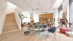 隈研吾デザインの建築にデンマークデザインの神髄を体感できる空間「FRITZ HANSEN TOKYO」がオープン