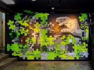 デロイト トーマツ × OVER ALLs - アートを活用した組織変革プログラムで協業