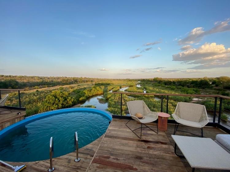 adf-web-magazine-kruger-shalati-africa-pool-deck