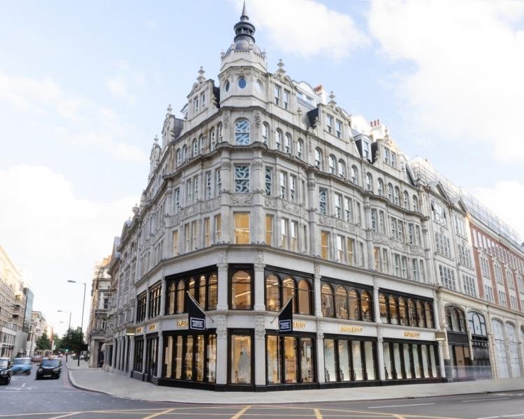 adf-web-magazine-burberry-flagship-london-1