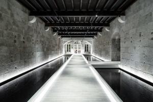 ラグランジャデザインスタジオによるデジタルバンク「XAPO」のフラッグシップ本社