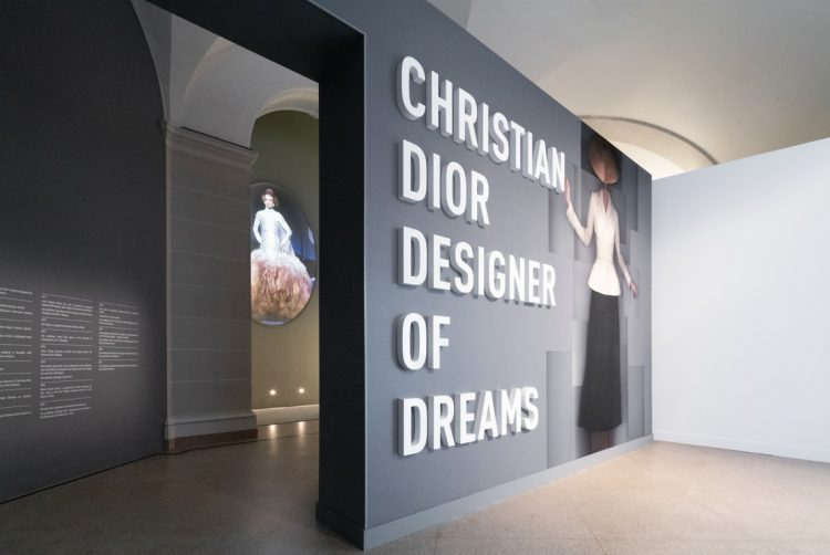 adf-web-magazine-christian-dior-designer-of-dreams-2