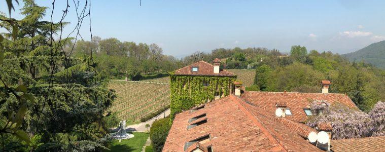 adf-web-magazine-franciacorta-vineyard-with-art-at-lalbereta-in-italy