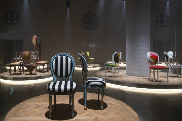 adf-web-magazine-milan-furniture-fair-2021-dior-medallion-chair-exhibition-1.jpg