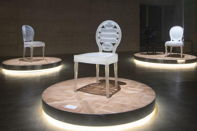 adf-web-magazine-milan-furniture-fair-2021-dior-medallion-chair-exhibition-3.jpg