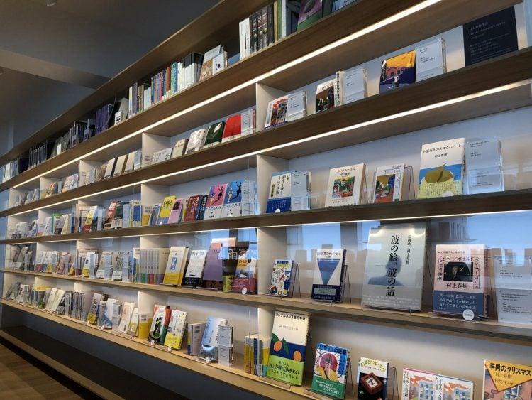 adf-web-magazine-waseda-murakami-haruki-library-4