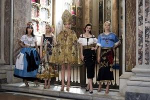 Vendi Napoli e poi muori - Sell Naples and Die