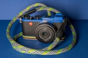 ライカがポール・スミスとコラボ デジタルカメラ「ライカ CL Edition Paul Smith」発売