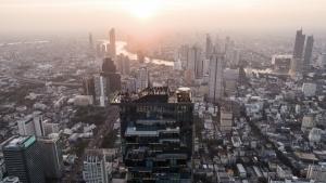 A Rooftop Floor with a View - Bangkok's Mahanakhon Skywalk